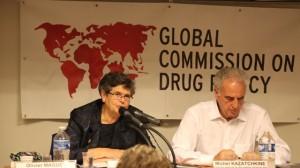 Comissioners Ruth Dreifuss and Michel Kazatchkine